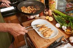 Göra till kok höna Royaltyfri Fotografi