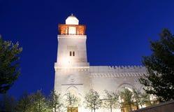 Göra till kung den Hussein Bin Talal moskén i Amman (på natten), Jordanien Royaltyfri Foto
