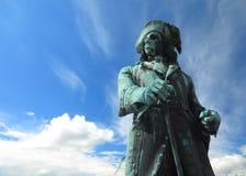 Göra till kung den Karl XI statyn i den Karlskrona staden Sverige arkivbilder