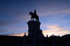 Göra till kung Jose l på solnedgången, Lissabon, Portugal Royaltyfri Fotografi