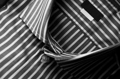 görad randig linneskjorta Arkivfoton