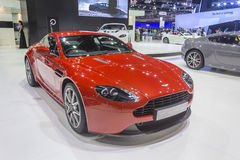 Günstiges Coupé-Auto Aston Martins V8 Stockbild