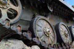 Gąsienicowi pojazdy wojskowi w pobliżu Zdjęcia Royalty Free