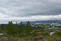 Gęsty, Niski obwieszenie, Chmurnieje nad Reykjavik, Iceland zdjęcie royalty free