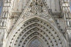 Główna brama, fasada katedra Barcelona lokalizował w o obrazy stock