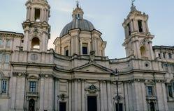 Główna fasada kościół dzwonił Santa Agnes w agoni Zdjęcia Stock