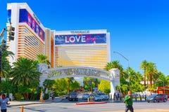 Główna ulica Las Vegas jest paskiem Kasyno, hotel i ucieka się miraż zdjęcia royalty free