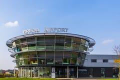 Główny budynek Lotniskowy seppe Breda, Bosschenhoofd holandie, marsz 30, 2019 zdjęcie royalty free