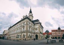Główny plac i kościół w Novi Sad, Serbia fotografia royalty free
