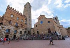 Główny plac San Gimignano, Tuscany - Fotografia Stock