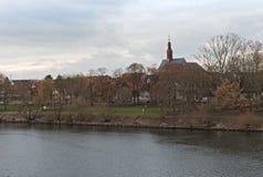 Główny riverbank przy Hattersheim-Eddersheim w zimie, Niemcy obraz royalty free
