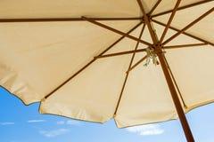 głębii pola płycizna strzelał pionowo słońce parasol bardzo Zdjęcie Royalty Free