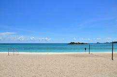 Głęboki błękitny morze z niebem przy Tajlandia Obrazy Royalty Free