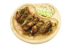 Głęboki pieczony kurczak uskrzydla z lemongrass, Tajlandzki jedzenie Obrazy Stock