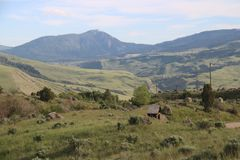 Głęboki widok góry wokoło równiny zdjęcie stock