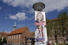 GŁOSOWANIE DLA miłości przyjęcia WŚRÓD wyborów plakatów Fotografia Royalty Free