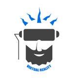 Głowa mężczyzna z brodą bawić się rzeczywistość wirtualna hełm Zdjęcie Royalty Free