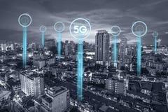5g互联网概念或技术概念的通讯网络连接   免版税库存照片