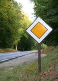 główny drogowy znak Obraz Stock
