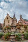 Główny plac w Eguisheim, Alsace, Francja Obrazy Royalty Free