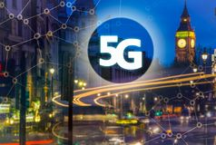5G eller LTE-presentation London modern stad på bakgrunden Royaltyfria Bilder