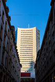 G för blåa himlar för skyskrapa för Highrise för Leipzig panoramatorn utomhus Arkivbilder