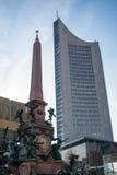 G för blåa himlar för skyskrapa för Highrise för Leipzig panoramatorn utomhus Royaltyfri Bild