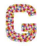 G, letra do alfabeto em flores diferentes Imagens de Stock