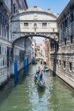Gôndola e canal Imagem de Stock Royalty Free