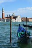 Gôndola Venetian A catedral de San Giorgio Maggiore Imagem de Stock Royalty Free