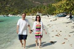 Gå på stranden Royaltyfri Fotografi