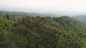 G?r krajobrazowe ziemie uprawne Bali i wioska, Indonezja zdjęcie wideo
