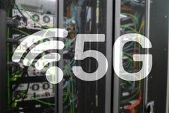 5G r?seau, concept de connexion internet 5G ? l'arri?re-plan num?rique Concept fut? du r?seau de transmission illustration stock