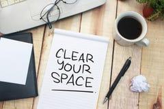 G?ra klar ditt utrymme, Motivational ordcitationsteckenbegrepp fotografering för bildbyråer