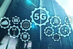 5G rede, conceito da conex?o a Internet 5G no fundo digital Conceito esperto da rede de comunica??o ilustração royalty free