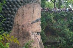 G?ry Emei Sceniczny teren wliczaj?c Leshan Buddha Uroczystego Scenicznego terenu, zdjęcia royalty free