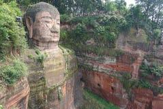 G?ry Emei Sceniczny teren wliczaj?c Leshan Buddha Uroczystego Scenicznego terenu, fotografia stock