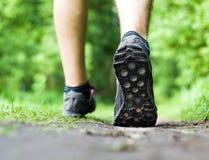 Gå spring, sport och öva Arkivbilder
