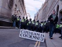 G20 protesta il 1° aprile 2009 Fotografie Stock Libere da Diritti
