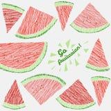 'Ga fruitarian!' kaart Kleurrijke prentbriefkaar met gekraste watermeloenplakken Royalty-vrije Stock Foto's