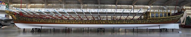 Gabarra real - museo de la marina de guerra de Lisboa Imagen de archivo libre de regalías