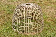 Gabbia del pollo fatta di legno e di bambù. Fotografia Stock Libera da Diritti