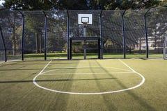 Gabbia di calcio e di pallacanestro Fotografie Stock Libere da Diritti