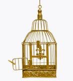 Gabbia per uccelli aperta dorata Fotografia Stock Libera da Diritti