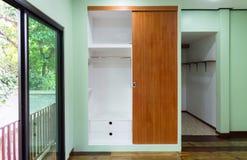Gabinete adornado del diseño interior casero Foto de archivo