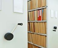 Gabinetes móveis com dobradores Imagem de Stock