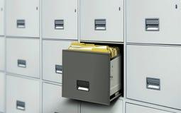 Gabinetto di archivio con il cassetto e gli archivi aperti Fotografia Stock