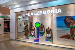 Gablota wystawowa Calzedonia sklep w rodzinnym centrum handlowe parku Hous Zdjęcia Stock
