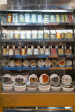 Gablota wystawowa dla rybiego jedzenia w sklepie Fotografia Stock