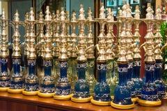 Gablota wystawowa z nargile w sklepie Fotografia Stock